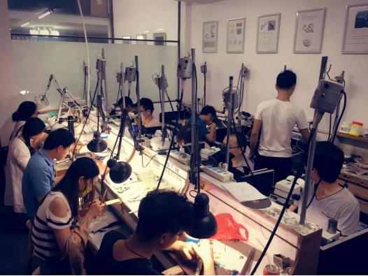 参加珠宝制作培训 认准艺林珠宝培训学校